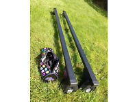 ROOF BARS cruz 115cm very good condition with all accessories for bike rack