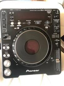Pioneer CDJ 1000 Mark 3