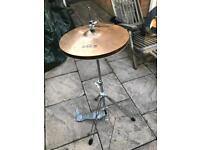 Hi hat cymbal stand and clutch
