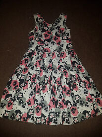 Lovely Girls Dress 9y REDUCED!
