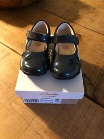 Clarks First Kids Shoes size 5 G - Ella Leah FST