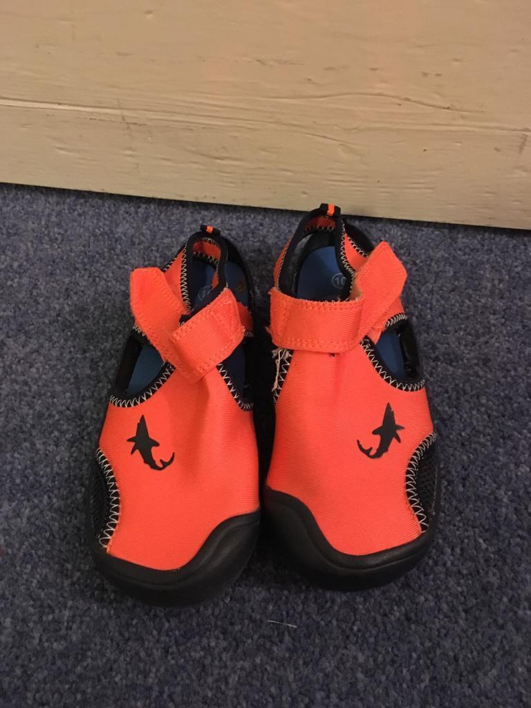 Next size 10 beach shoes