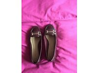 Size 5 loafer style shoes
