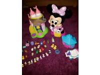 Minnie mouse playsets and squash dolls