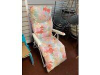 Metal Folding Relaxer Chair