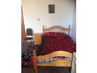 Fully Furnished Rooms With All Bills Included In BD7/BD5* 5 Mins From Uni* View Today And Move In