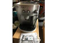 DeLonghi bean to cup coffee machine magnifica