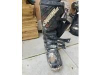 Motocross boots oneil