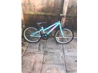 APOLLO GIRLS XC20 BIKE, fully working and good condition