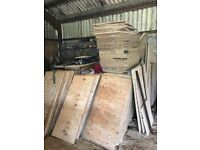 Plywood 18mm eliottis pine for sale - lots of sizes available
