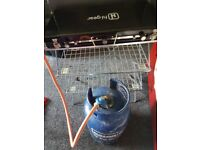 Camping hi gear camping stove and stand and gas bottle (empty)