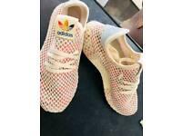 Adidas Ladies Deerupt Size 6