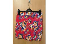 NEW LOOK - SIZE 8 - Wrap over skirt