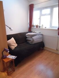 Short term/short let double in modern 2bd flat near Uni and Hospitals (incl. bills) available now!