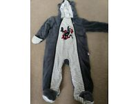 All-in-one winter suit 6-9 months