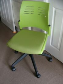 Office Chair Modern Green Padded Seat Swivel Gas Lift Height Adjustable on Casters