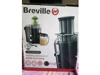 Breville 1000w Whole Fruit Juicer
