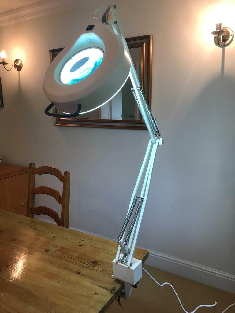 Daylight Company Ds251 Magnifying Lamp Desk Clamp In Redbourn Hertfordshire Gumtree