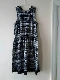 New Girl's beautiful dress