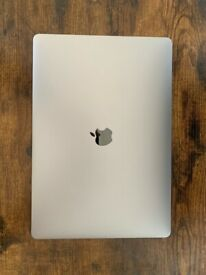 """Apple MacBook Pro 15"""" Space Grey i7 2.9Ghz 512GB 16GB Touch Bar 2017"""