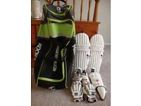 CRICKET EQUIPMENT FOR A JUNIOR PLAYER