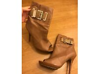 Michael by Michael Kors Open Toe Zip Up Nude Leather Boots Size UK 5 (US 7 1/2)