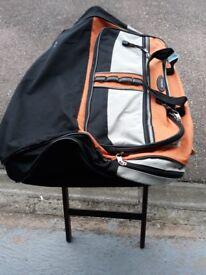 Overland Travelwear holdhalls set of 2