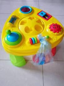 Toy activity table