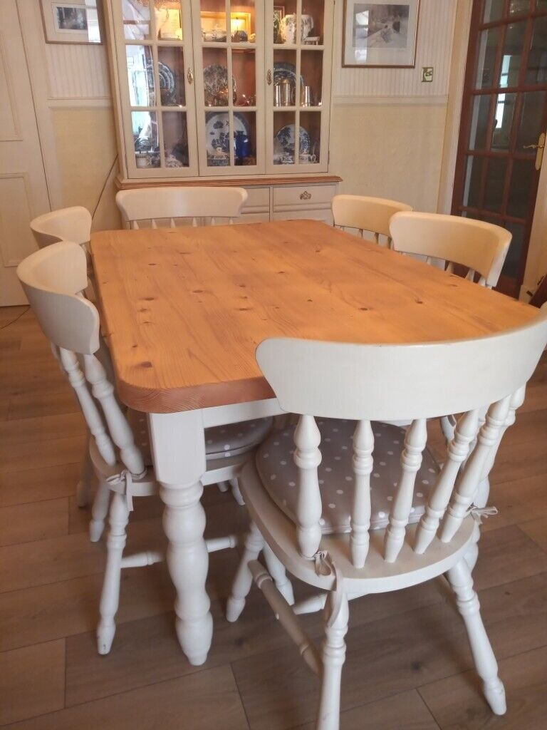 beautiful farmhouse kitchen table with 6 wood dining