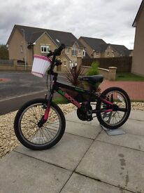 Immaculate kids BMX bike suitable age 5 - 8