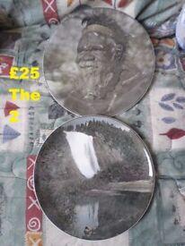 2 Australian Aborigine Plates