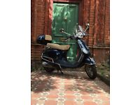 Stunning condition 2013 Vespa LX50 with very low mileage and lots of extras. Perfect city transport!
