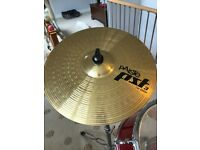 Full acoustic Drum kit with superb cymbals and hardware