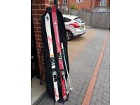 2 x SKIS FOR SALE.