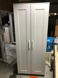 🚚🚚Beautiful White Wardrobe For Sale 🚚Free Delivery Radius Apply