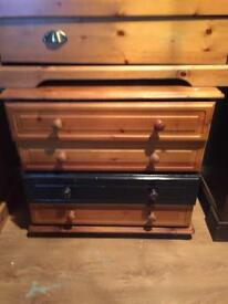 Set of 3 solid pine drawers. £20 for all project work