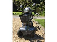 STERLING S-425 MOBILITY SCOOTER