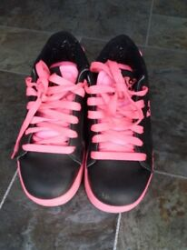 Girls Heelys, size 3. In excellent condition