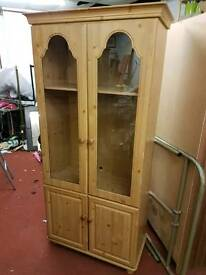 Cabinet - 2 Glass Door & 2 Wooden Door & 1 Inner Shelf Display Cabinet