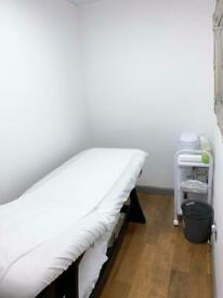 2 beauty room to rent in busy nail shop