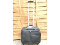 HP Laptop bag on wheels