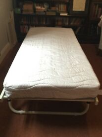 New single Truckle bed with new mattress