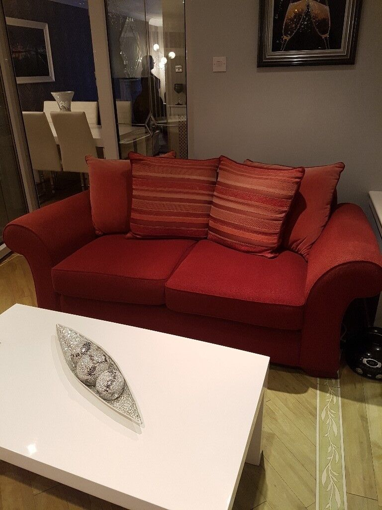 Red two, two seater suites