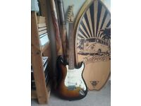 Starfire Fender Electric Quitar for QUICK sell