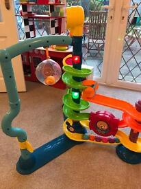Fisher Price Cruise and Groove Ballapalooza