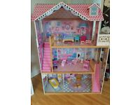 Barbie dolls house 4ft x 3ft comes with all furniture in picture