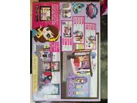 Littlest pet shop play set, brand new, unopened, unwanted Christmas present