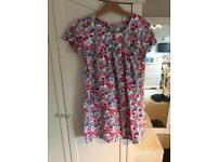 Pretty patterned dress/tunic