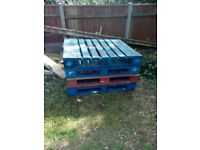Free pallets to go