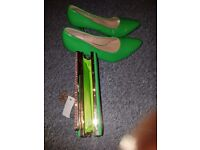 Green matching Italian shoe and bag for sale
